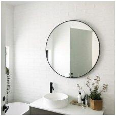apvalus-veidrodis-su-remu-1