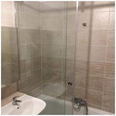 stumdoma-vonios-sienele
