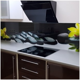 Virtuvinių stiklų dekoravimas